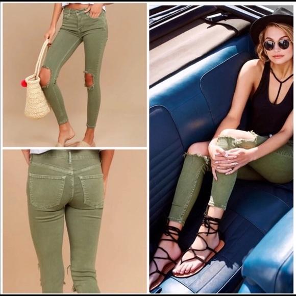 Free People Denim - 💥 Free People Busted Knee Skinny Jeans 💥